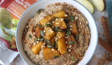 Apple & Cinnamon Quinoa Porridge