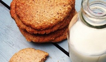Chia & Cinnamon Cookies