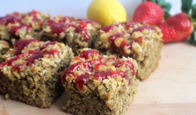 Strawberry & lemon crumble bars resized