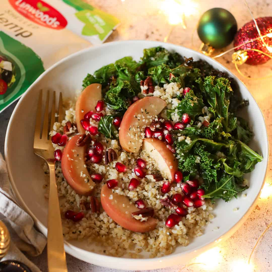 Warm Apple, Kale & Bulgar Wheat Salad by @dumbbellsandoats