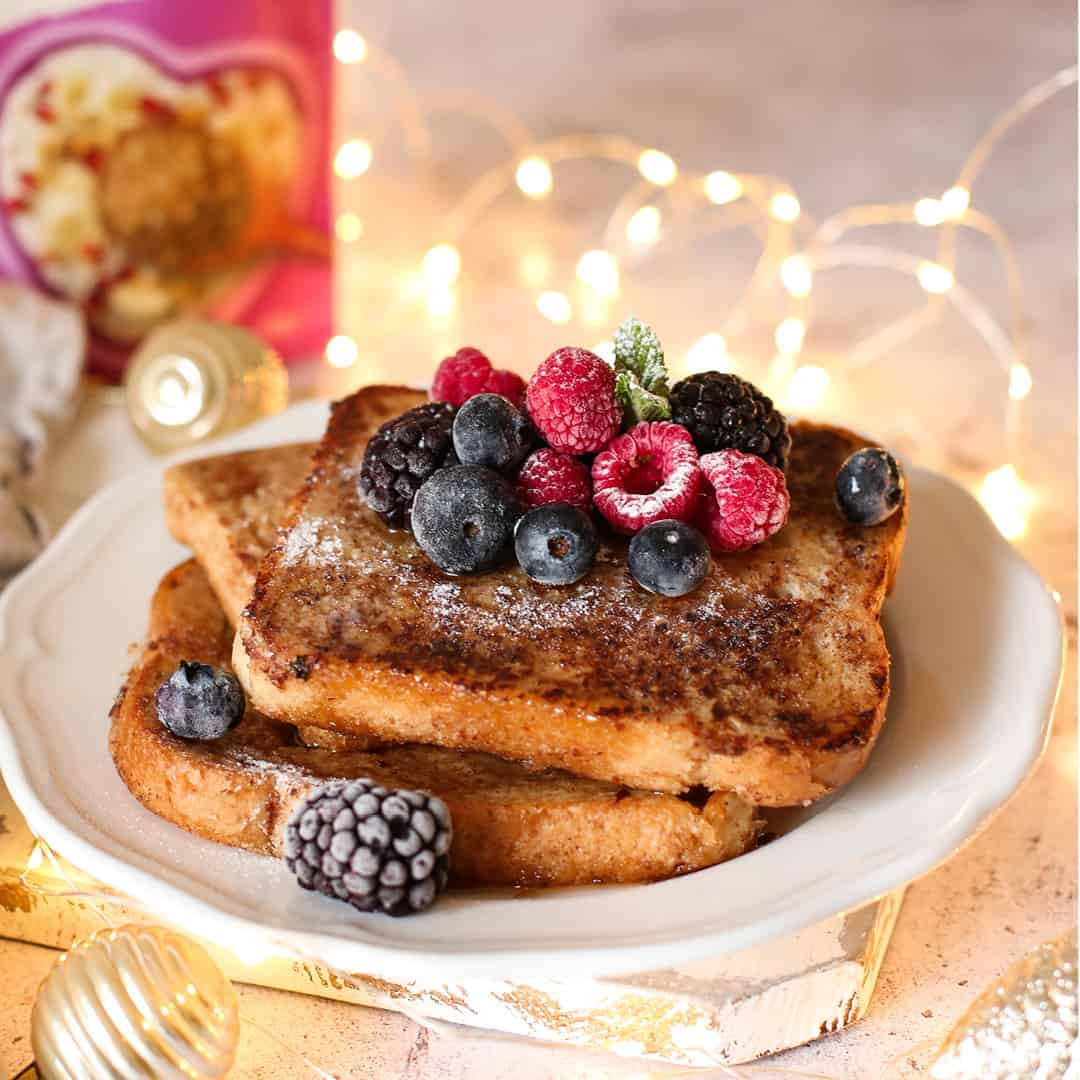 Gingerbread French Toast by @dumbbellsandoats