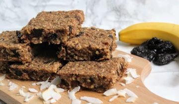 Banana, Coconut & Date Breakfast Bars