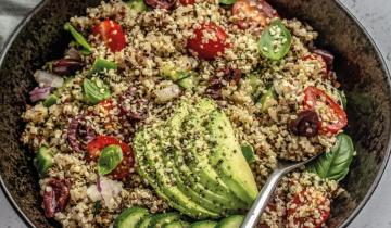 Quinoa Tomato Hemp Salad