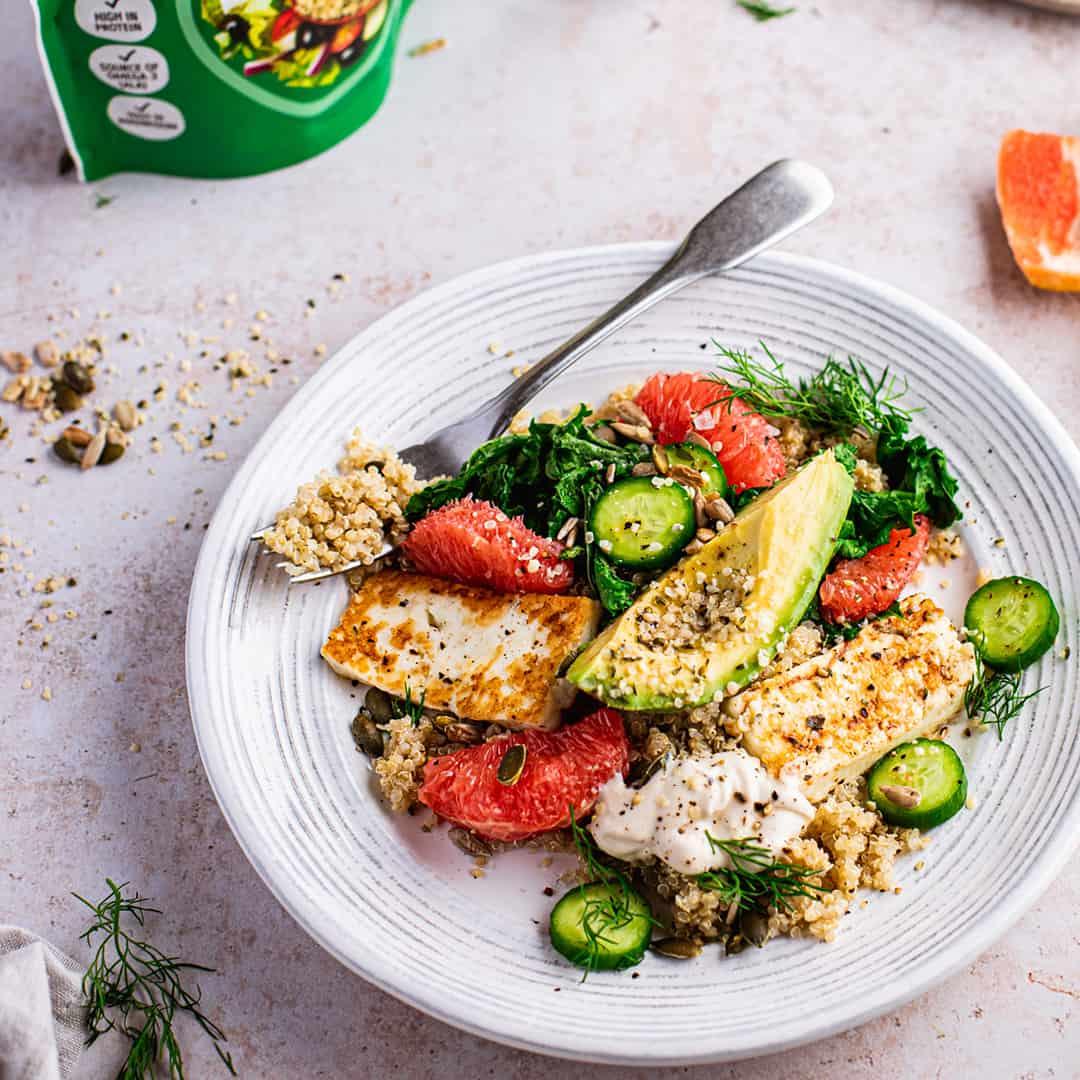 Quinoa Grapefruit Halloumi Salad by @peachypalate