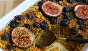 Baked Turmeric, Fig & Blueberry Oats